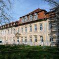 Seitenansicht Schloss Ivenack im Gerüst